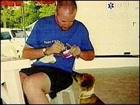 Paul Westerman feeding Thai Bite in Thailand