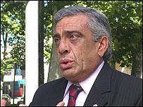Omar Lafluf, intendente del Departamento de Río negro con sede en Fray bentos.