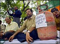 Manifestantes contra precios de energía en India