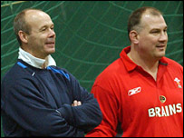 Clive Woodward has questioned the reasons behind Mike Ruddock's departure