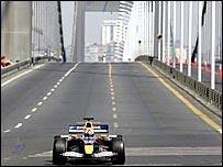 David Coulthard drives across the Bosphorus Bridge