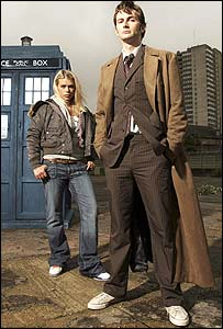 Doctor Who (David Tennant) and Rose (Billie Piper)