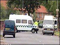 Operativos en Birmingham.