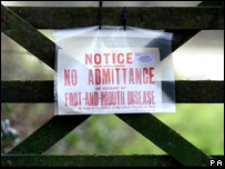 Restriction notice on farm gate