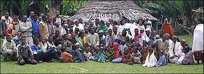Familia de Ayattu Nure.