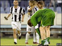 Celtic captain Neil Lennon hangs his head in despair
