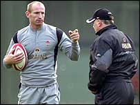 Wales captain Gareth Thomas and ex-coach Mike Ruddock