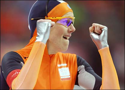 Netherlands' Marianne Timmer wins gold in the 1000m speed skating at the Oval Lingotto