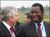 Basil Omiyi, MD of Shell in Nigeria talking to British Foreign Secretary Jack Straw on a recent visit to the Niger Delta