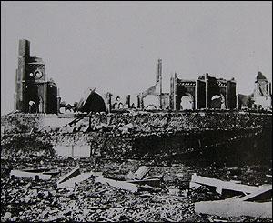 Catedral destruida en Nagasaki (Gentileza: Museo de la Bomba At�mica de Nagasaki)