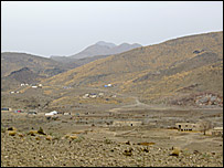 Makhay Kandaw, an Afghan village on the border with Pakistan