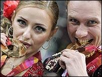 Tatiana Navka and Roman Kostomarov
