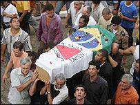 Funeral de Jean de Menezes en Brasil.