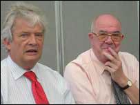 Elfed Roberts a Dafydd Whittall