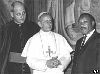 Marcinkus with Pope Paul VI and Martin Luther King