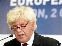 Wim Duisenberg speaking during his time as European Central Bank president
