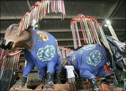 A man shows his float with a bull's head in Rio de Janeiro