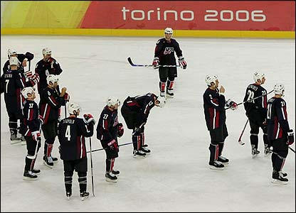 The US ice hockey team are dejected following their loss to Finland