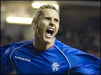 Peter Lovenkrands celebrates his goal against Villarreal