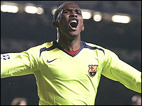 Samuel Eto'o celebrates his goal for Barcelona against Chelsea