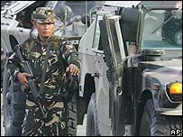 Philippine soldier in Manila