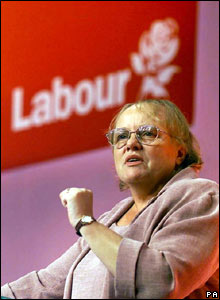 Mo Mowlam speaking at the Labour Party conference in 2000
