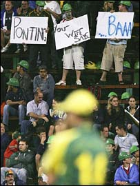 Fans hold insulting signs in front of Aussies kipper Ponting