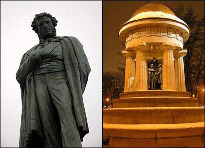 The 1880 Pushkin monument (left) and 1999 version (photo: Evgeniy Podolskiy)