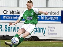 Derek Riordan shot Hibs into an early lead at Falkirk