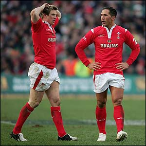 Wales' Matthew Watkins and Gavin Henson show their disappointment