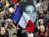 French marchers in Paris with a picture of Ilan Halimi