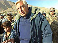 John Simpson filmed walking into Kabul