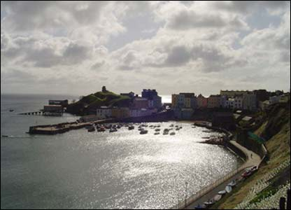 Richard Bridge from Birmingham captured this view of Tenby harbour