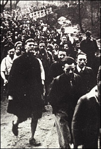 Mass trespass in Peak District in 1932 (Image: Peak District National Park Authority)