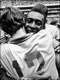 Pele celebrates winning the 1970 World Cup final