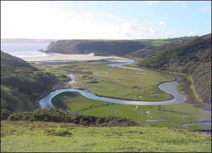 Three Cliffs Bay, Gower, Swansea taken by Huw Durham of Pencoed, Bridgend