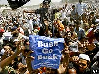 Anti-Bush rally in Delhi