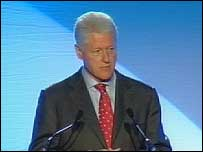 Bill Clinton addressed 800 people at a hotel in central Glasgow