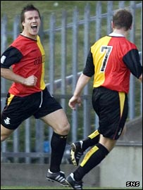 Billy Gibson opened the scoring for Thistle