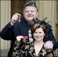 Robbie Coltrane and Imelda Staunton