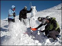 Ski rescue course