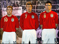 Michael Owen, David Beckham and Frank Lampard at the launch of the Umbro England Away Kit