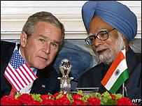 President Bush with Indian Prime Minister Manmohan Singh