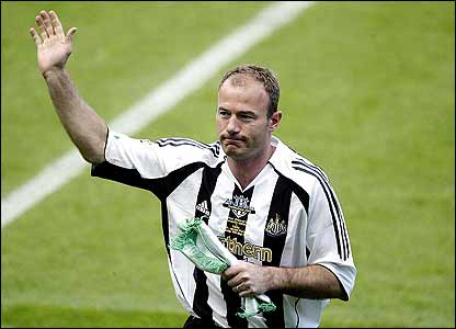 Alan Shearer salutes his adoring Newcastle fans