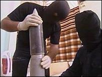 Gaza militants build a rocket