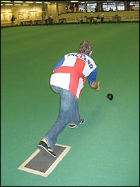 Bowling towards the jack