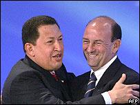 Hugo Ch�vez y Carlos Lage, vicepresidente del Consejo de Estado de Cuba