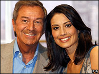 Des O'Connor and Melanie Sykes