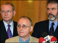 Denis Donaldson, flanked by Martin McGuinness and Gerry Adams