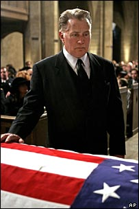 President Bartlet attends the funeral of Leo McGarry - a plot point necessitated by the death of actor John Spencer